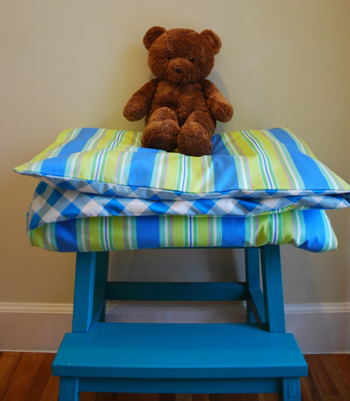 How to Make a Crib-Size Duvet Cover - Free Sewing Tutorial