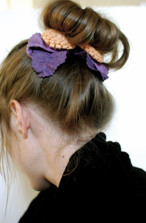 DIY Winter Flower Hair Ties