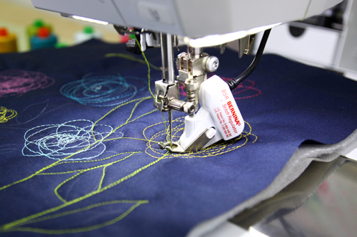 Artsy Purse - free-motion stitching