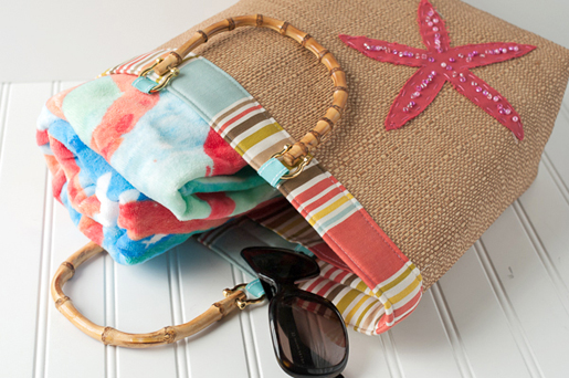 DIY Beach Bound Straw Tote