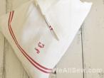 Vintage Bundles - free DIY easy-to-sew door stop, paperweight, and lavender sachet.