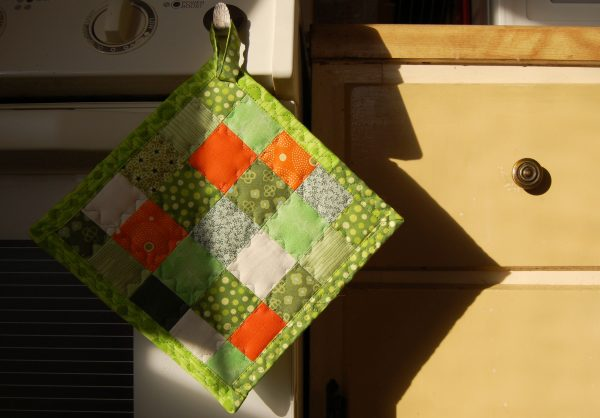 Perfectly pieced tiny squares pot holder
