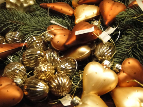 golden holiday ornaments - hearts and nuts