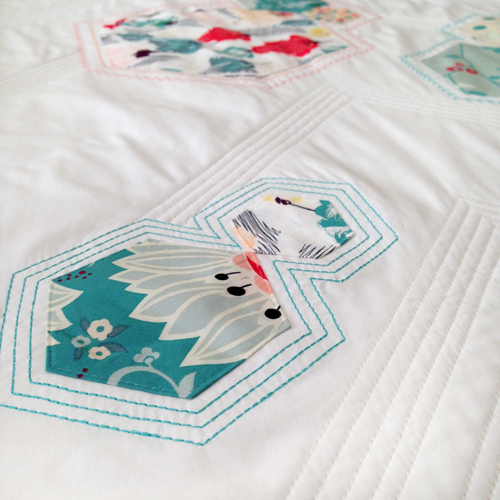 Arrows & Hexies Bed Runner - quilting