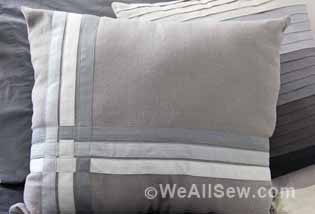 How to Make a Bias Tape Throw Pillow
