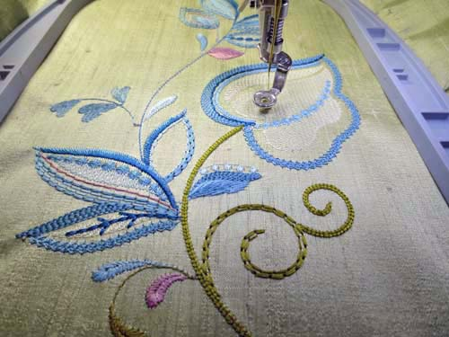 hooping machine embroidery