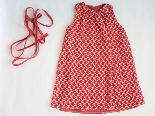 ribbon tie at waist