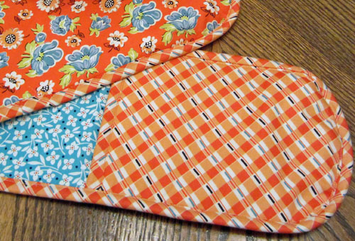 How to Make Double Oven Mitts | WeAllSew