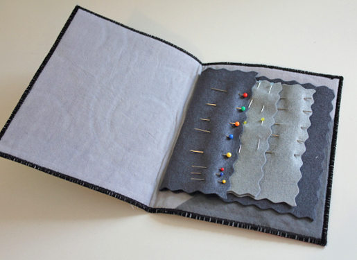 DIY Wool Applique Needle Case
