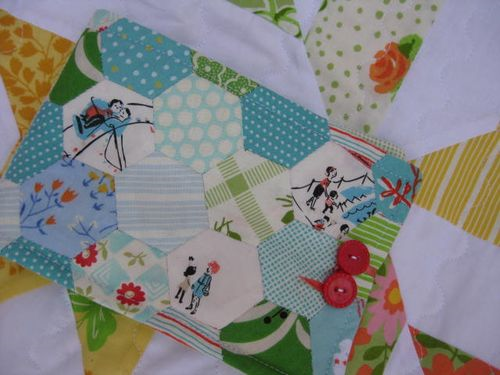 How to make a paper pieced hexagon pouch