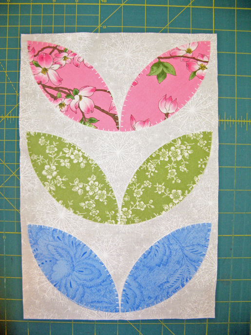 petal applique block