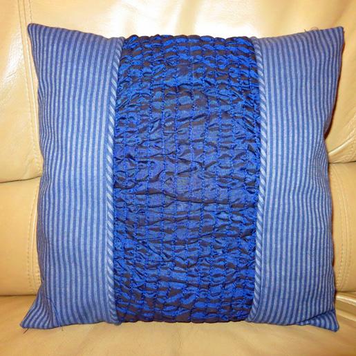 Diy Chainstitch Smocked Pillow Weallsew Bernina Usa S