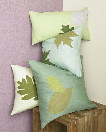 Felt leaf pillow tutorial