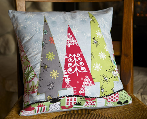 DIY Holiday Trees Pillow Cover