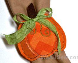 DIY In-the-Hoop Pumpkin Napkin Ring