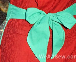 How to make holiday aprons