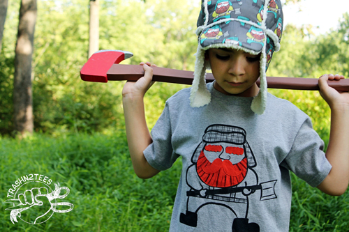 Lumberjack-Hat-with-wooden-axe