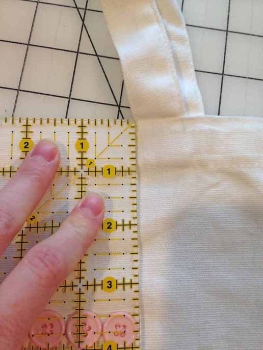 sewng a tote