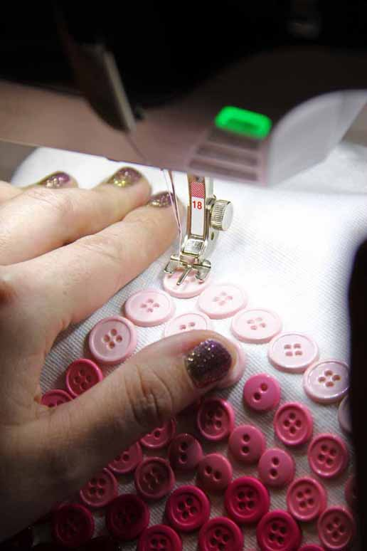 button sew on foot