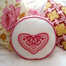 DIY Lacy Love Note Pillow