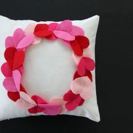 Heart Wreath Pillow Tutorial