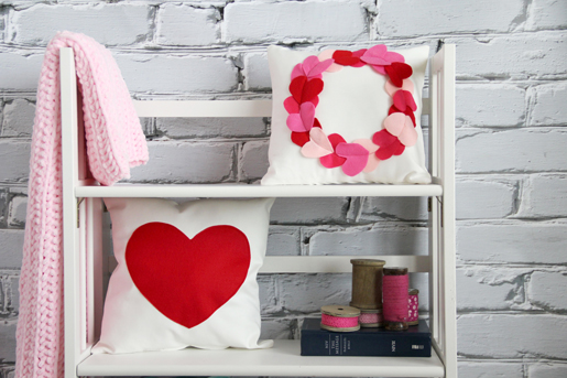 Heart Wreath Pillow Case