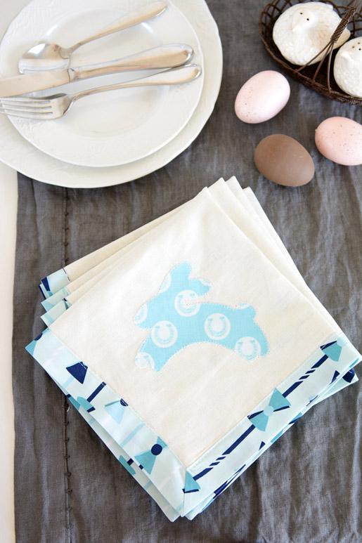 DIY Easter Napkin Tutorial
