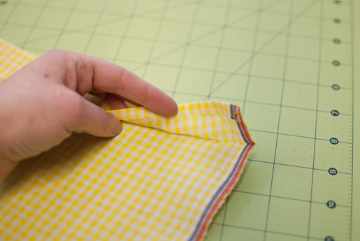 Folding the outer layer skirt piece