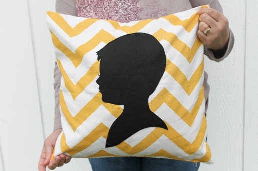 AppliquePortraitPillow