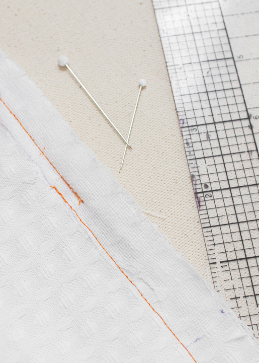 stitching with the BERNINA zipper foot #4