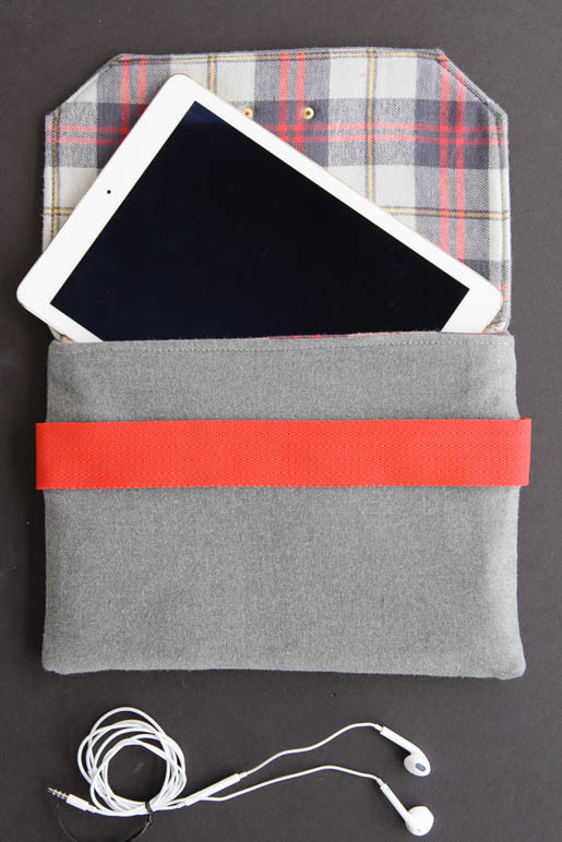 BERNINA Wool iPad Case Tutorial