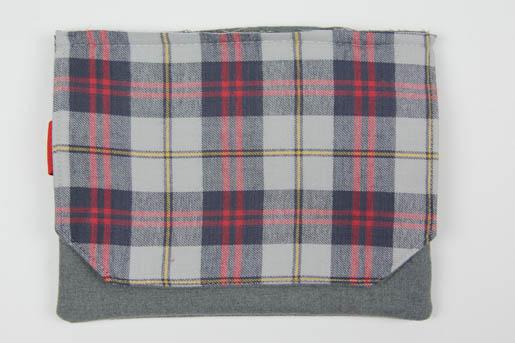 BERNINA Wool-iPad-Case-Step 13