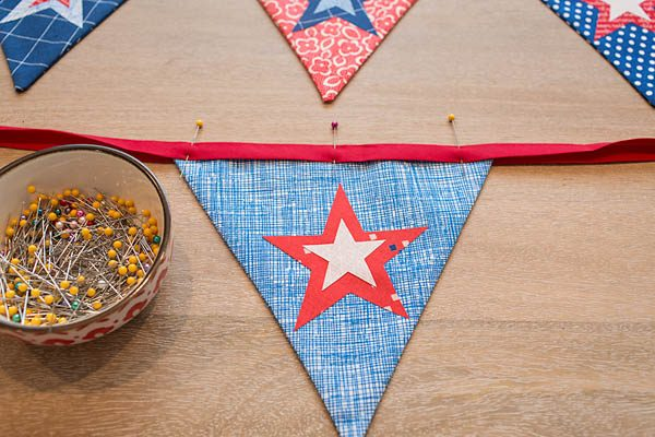 BERNINA 4th of July Bunting Tutorial