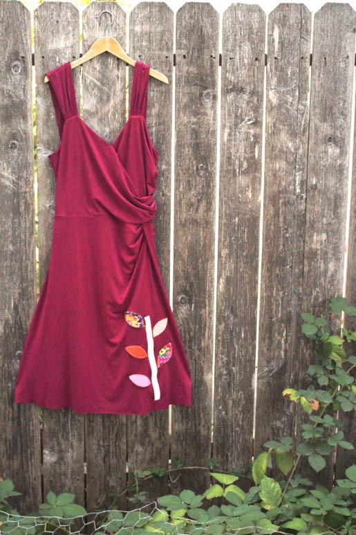 BERNINA Applique Dress Tutorial