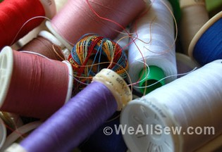 http://weallsew.com/wp-content/uploads/sites/4/2015/06/Thread-Organization-Feature-315x216.jpg