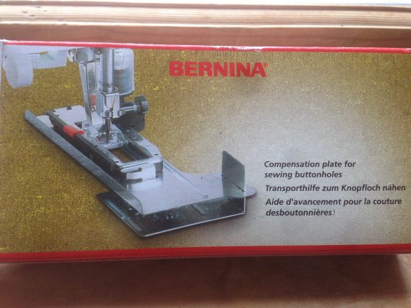 BERNINA Buttonhole Compensation Plate Packaging
