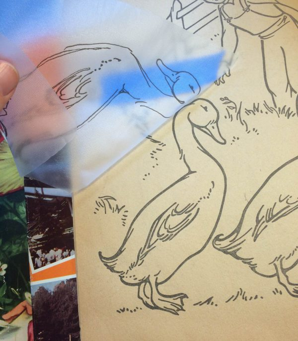 Image Transfer Tip Using Water Soluble Stabilizer - Step 2 - Trace down the duck