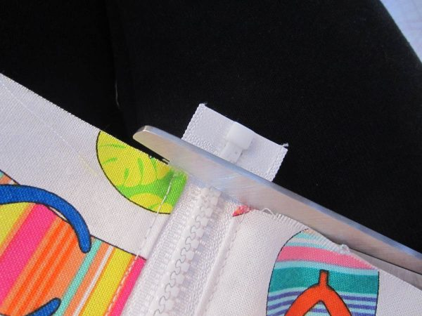 Swim Wetbag Sewing Tutorial - 4.Remove excess zipper tape