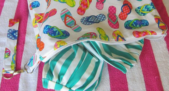 http://weallsew.com/wp-content/uploads/sites/4/2015/07/Swim-Wetbag-Tutorial-WeAllSew-BERNINA-Blog-555x300.jpg