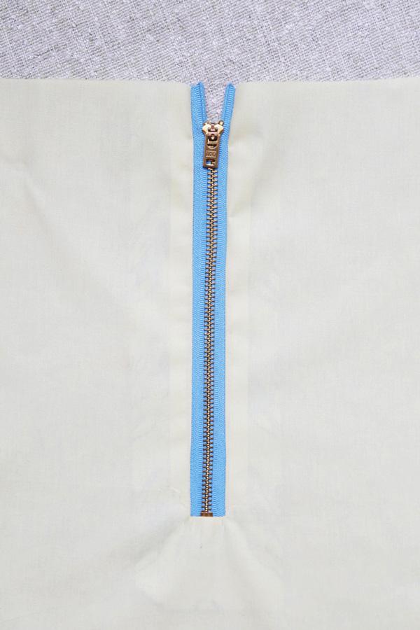 bernina-exposed-zipper