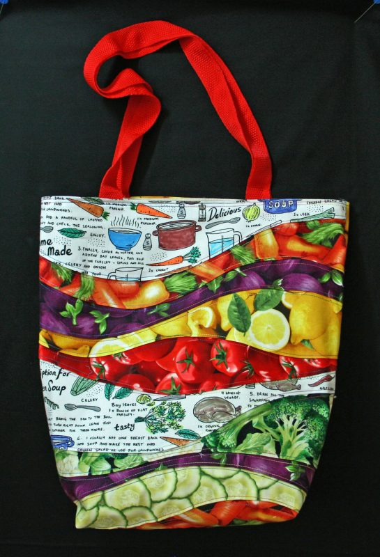 Recycle old canvas bags into made-over market bags with this tutorial.