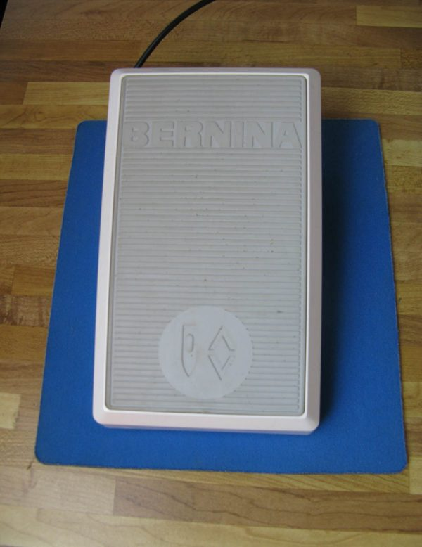 Tips and Tricks by Leni Wiener - Mousepad under Foot Pedal