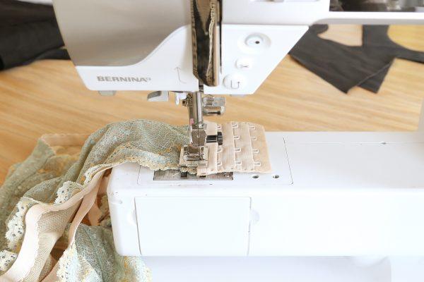 hook-and-eye-sewing-tutorial-1