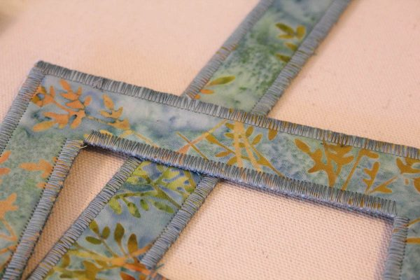 Fabric Frame Sewing Tutorial - sewn frame edges