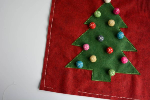 Christmas Tree Pillow Tutorial - stitch around the edge of the pillow