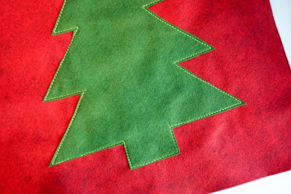 Christmas Tree Pillow Tutorial - stitch the applique in place