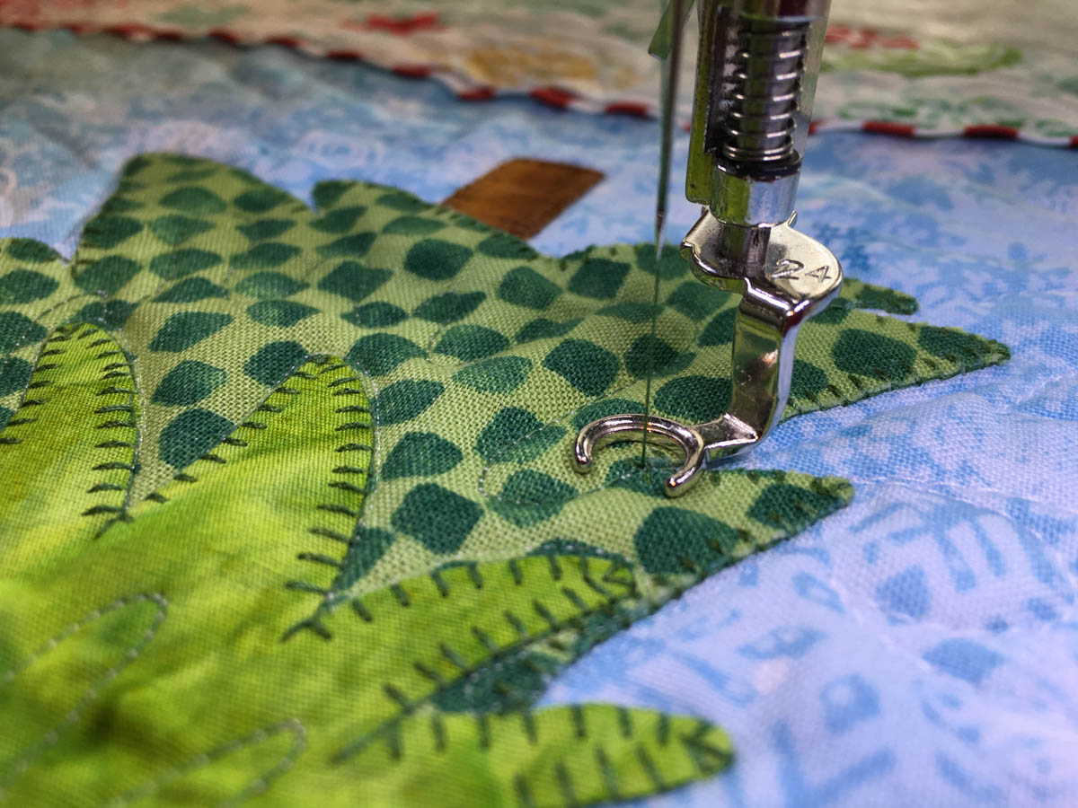 Mantel Cover Tutorial - free-motion quilting