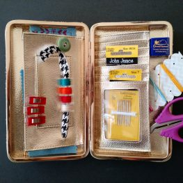 Travel Kit Tutorial - include the option of a loop for holding L-class bobbins.