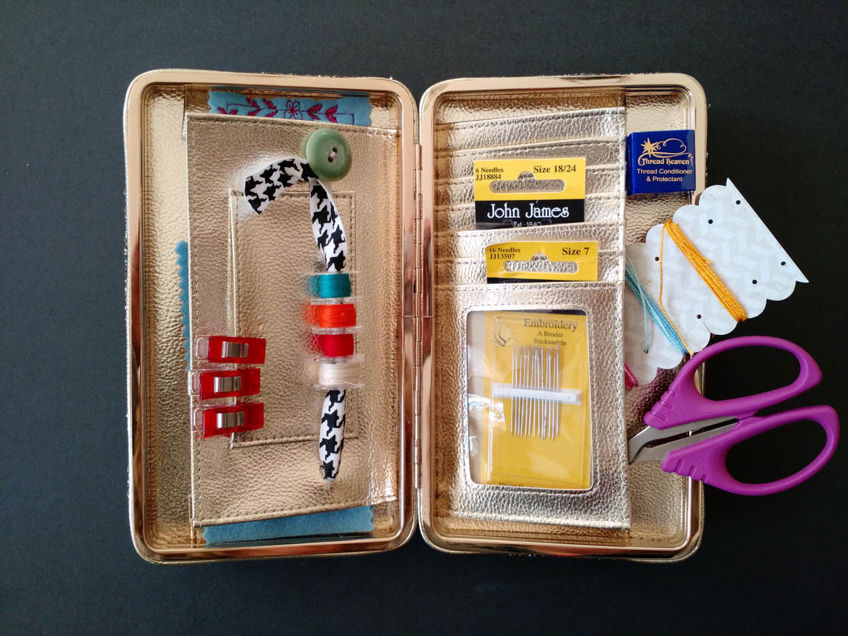 Sewing Travel Kit Made From A Clutch Weallsew