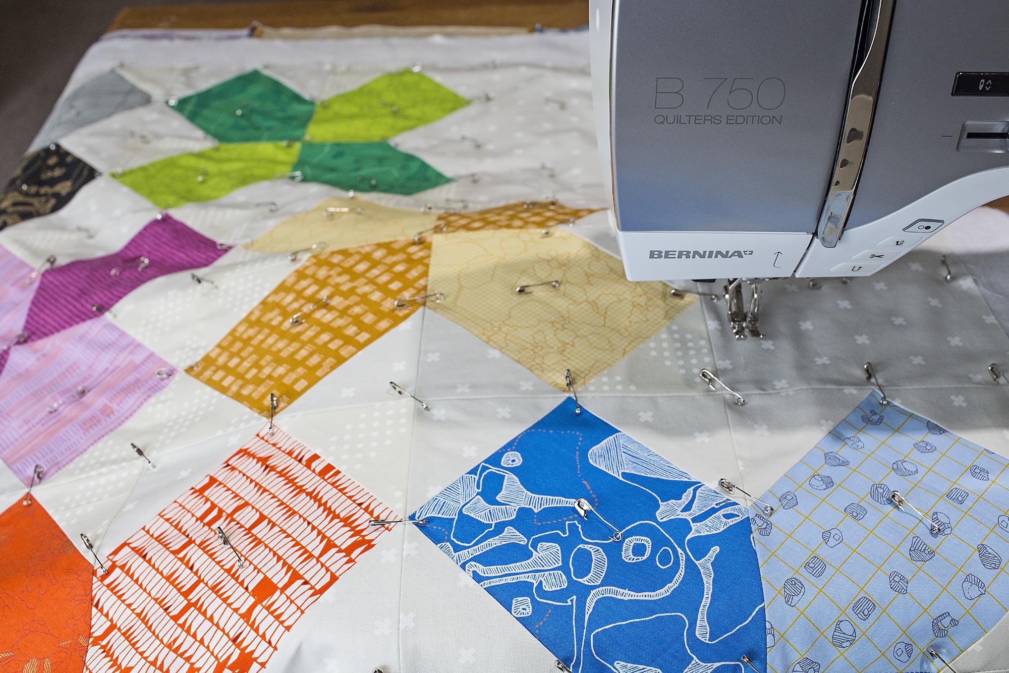 How to Pin Baste a Quilt | WeAllSew : basting quilt - Adamdwight.com
